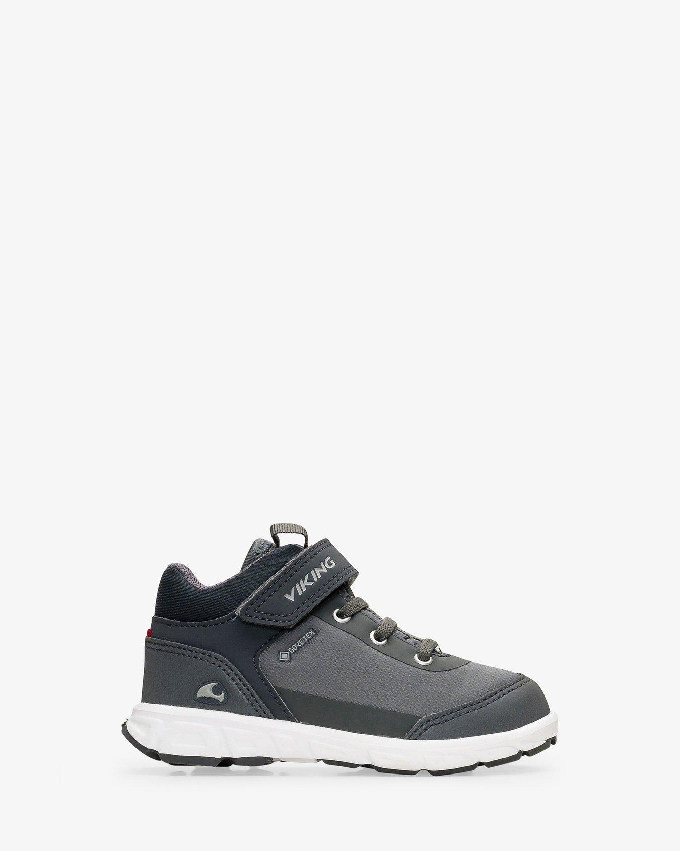 Spectrum R Mid GTX Sneaker