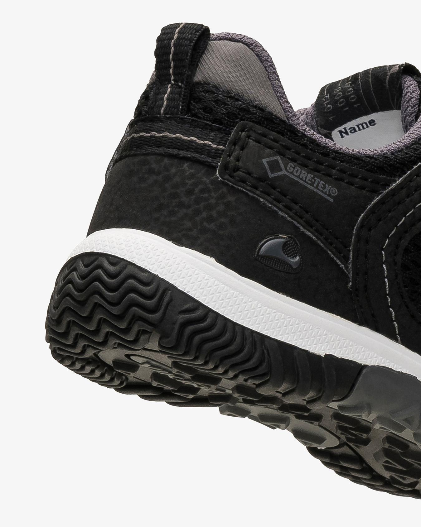 Cascade III GTX Sneaker