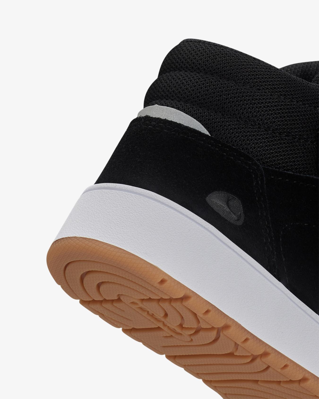 Eagle Light GTX Black Sneakers