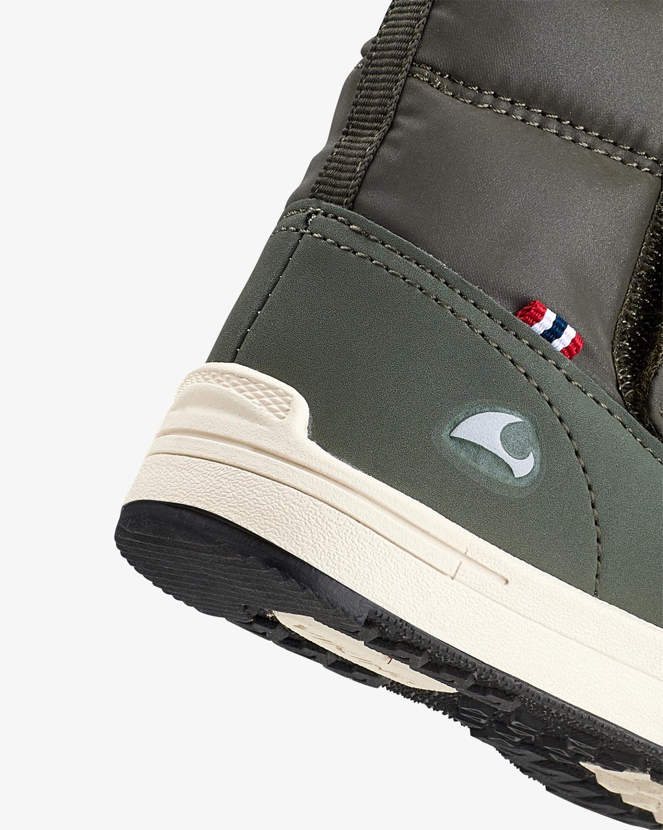 Hoston Green Winter Boots